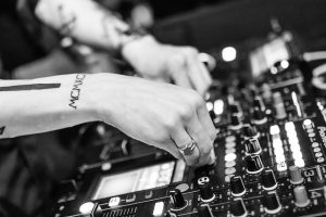 eskuvore DJ